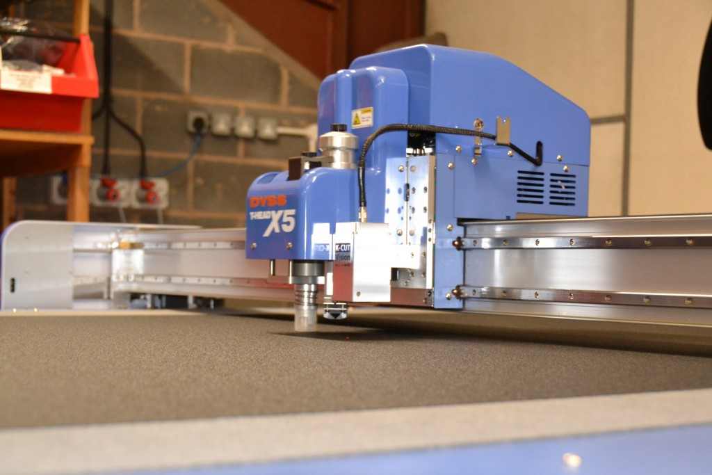 DYSS X5 camera guided cutter/router